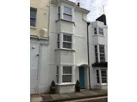 Beautiful Kemptown cottage for short term let