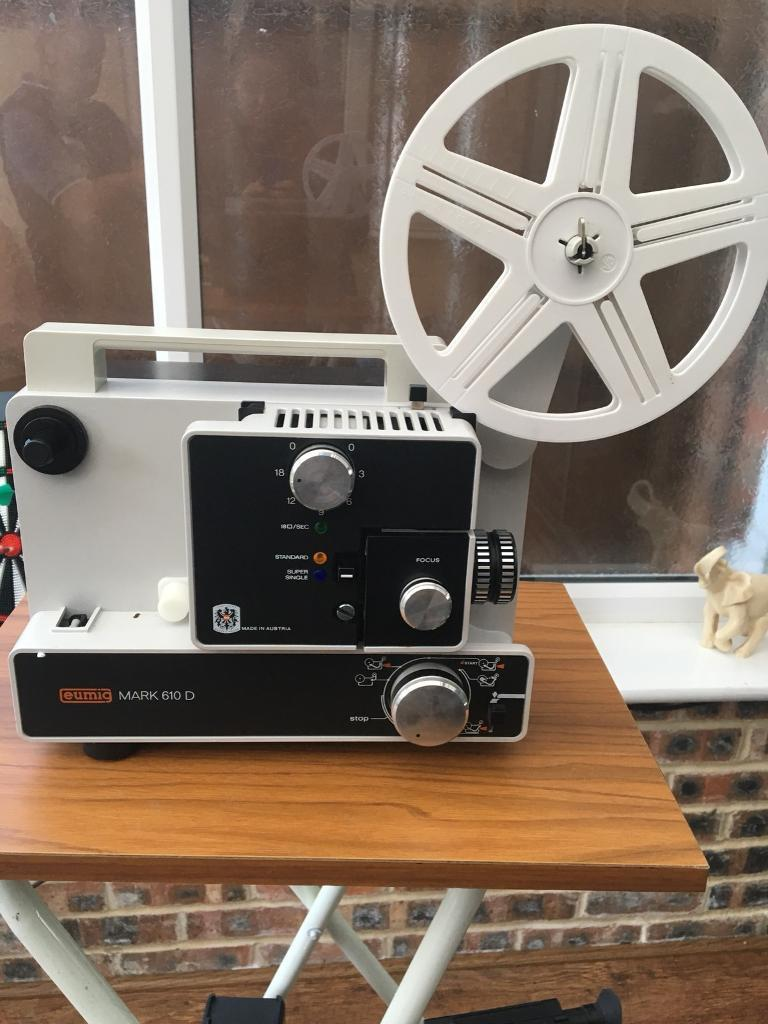 Camera set with stand