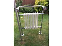Marlborough 600mm x 900mm traditional towel rail