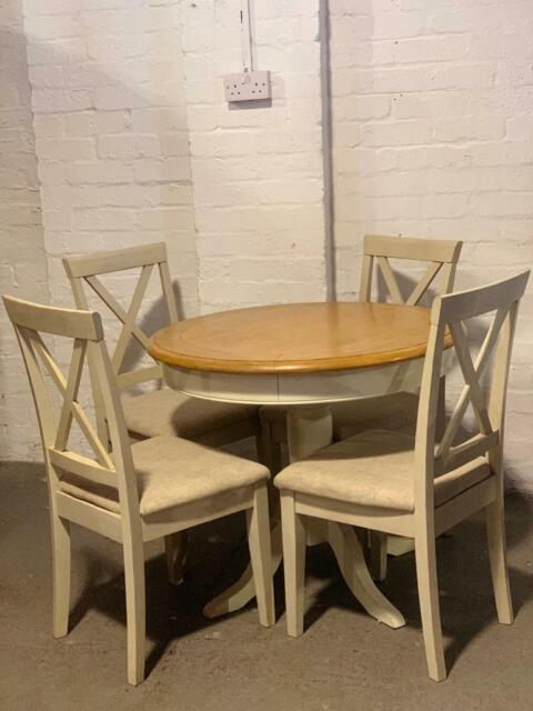 Cool Modern White Grey And Oak Circle Table And 4 Chairs In Kirkintilloch Glasgow Gumtree Pdpeps Interior Chair Design Pdpepsorg