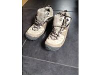 Merrell Women's Hiking Boots UK 7.5 Light Brown, hardly used