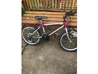 Carrera girls mountain bike 20' wheels 10 get