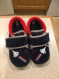 Boys Clarks slippers 9G