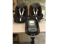 Two Maxi Cosi Peal car seats both complete with family fix base