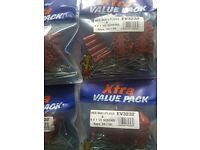100 X RED WALL PLUGS + 100 SCREWS