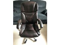Staples Mayfair Executive Office Chair w/ Lumbar Support