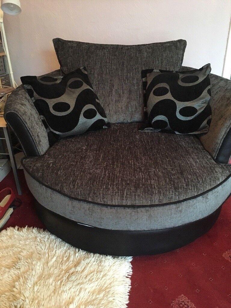 DFS farrow swivel chair