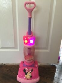Disney Minnie Mouse Vacuum Cleaner (including batteries)