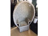 Wicker Peacock/lambing chair