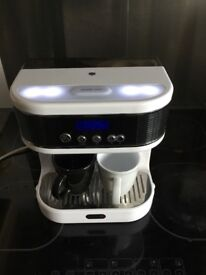 Breville bedside hot drinks maker