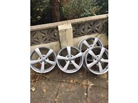 "Set of 4 17"" Calibre Panik Alloy Wheels Type 8R."