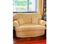 SOFA CREAM 3 SEATER (2 SEATER NOW SOLD)!!!!!!!!!!!!!