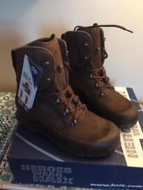Desert combat boots size 10