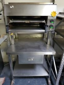 FALCON GRILL WITH STAND AST160