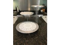 Getting Married ? Three Tier 'invisible' Cake stand, be different !