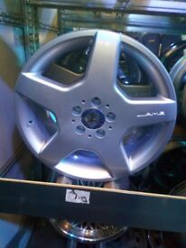 Mercedes 18 inch wheels set