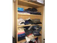Adjustable wardrobe
