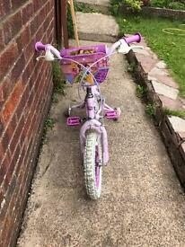 Girls Princess Bicycle including stabilisers