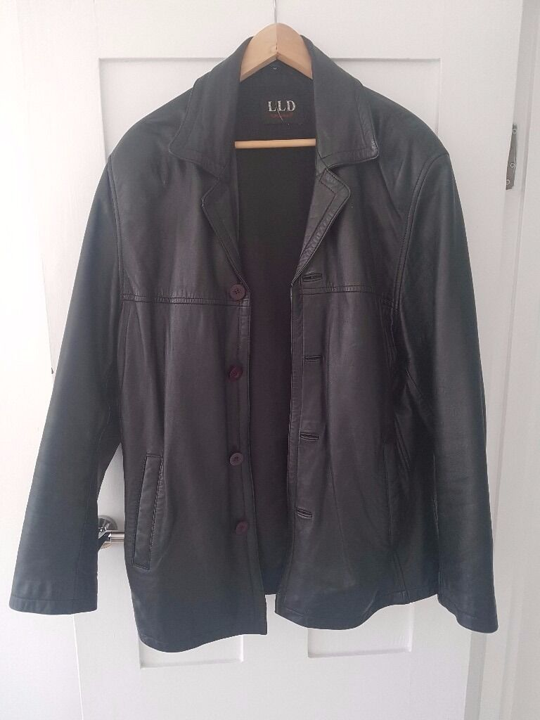 LEATHER JACKET (MENSin Clapham, LondonGumtree - Leather jacket/ blazer style Leather is nice and soft and unmarked Would suit size 42