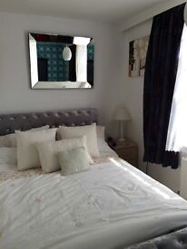 Double room available now for short let £195 per week