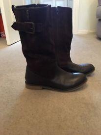 Zara girls brown boots size 4