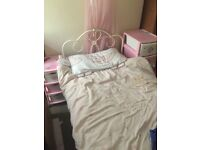 Girls Single bed in cream