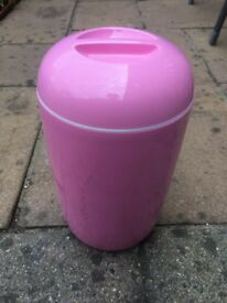 Brand New EasiYo Yogurt Maker - limited edition (Pink)