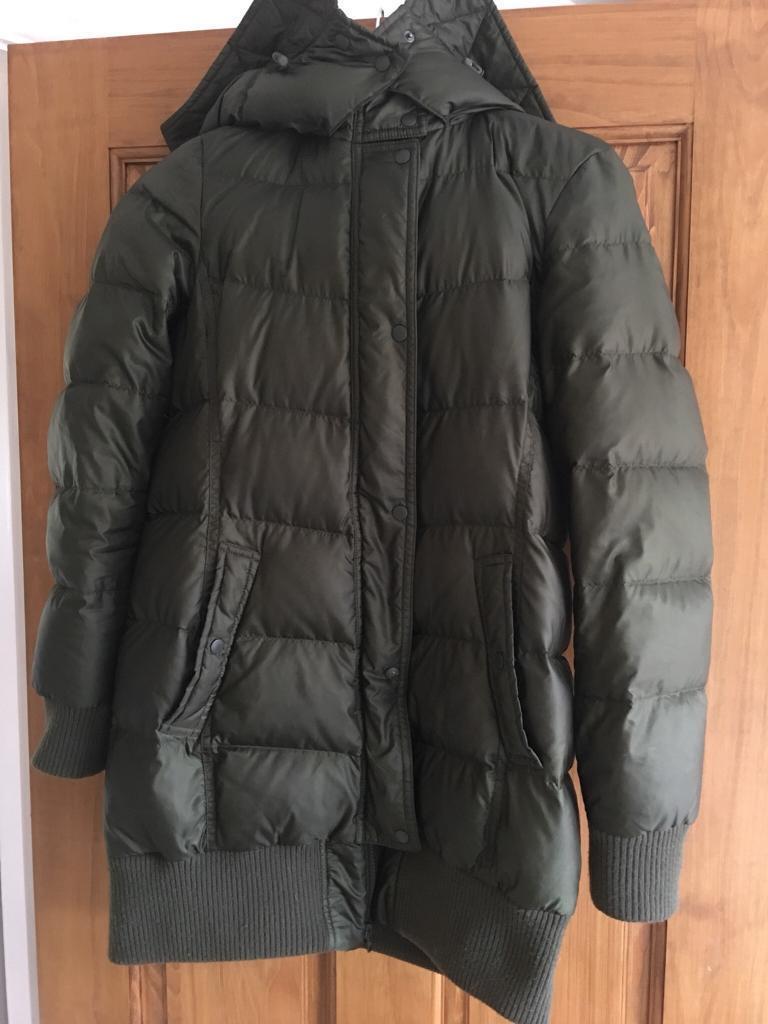 Warm winter coat by uniqlo