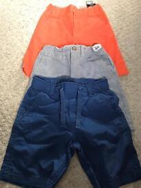 4 pairs shorts aged 4-5 VGC
