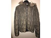 H&M kaki puffer jacket women's size 16