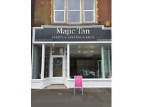 BEAUTY ROOM TO RENT FOR HOLISTIC/ MASSAGE THERAPIST/hair extension specialist @ Majic Tan Westbourne