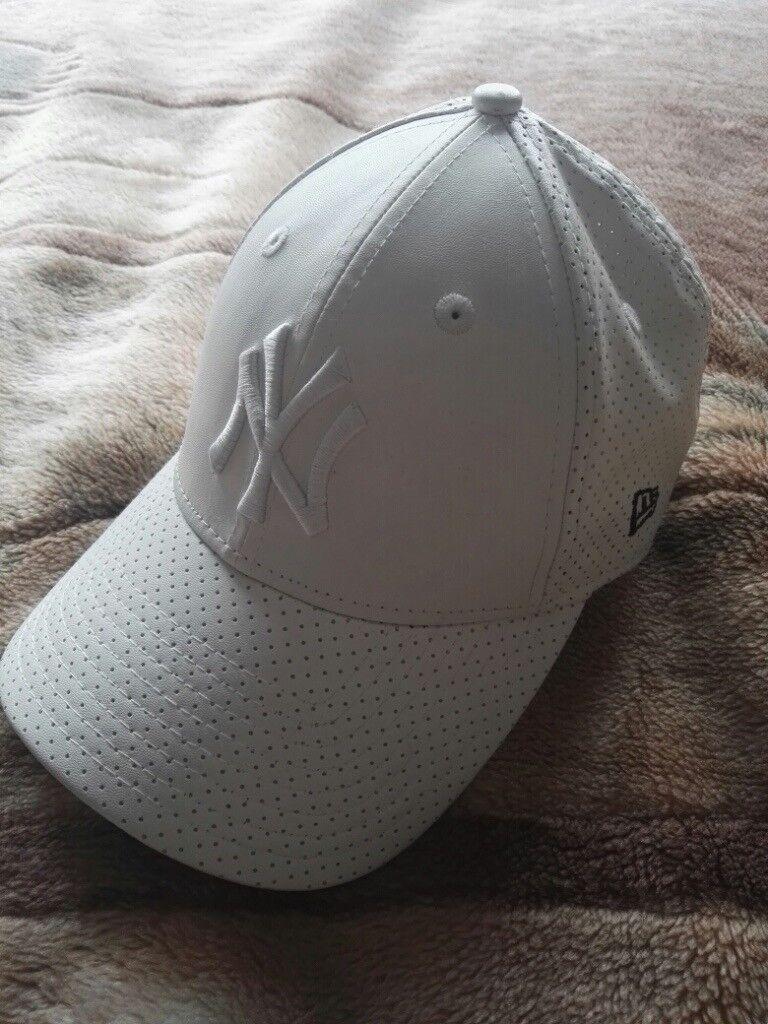 9Forty White Women's Cap
