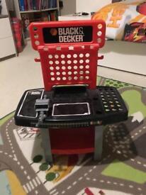 Boys Black & Decker toy Work bench great condition