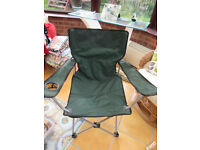 GREEN FOLDING CAMPING FISHING CHAIR SEAT FOLDABLE GARDEN OUTDOOR FURNITURE
