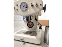 FrancisFrancis X1 illy espresso machine (MOTTA knockbox, bumper milk jug & burr grinder) £180 ono