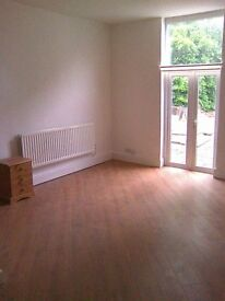 Hagley Road Self Contained Flat (All Bills Included)