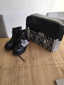 Black leather steel to cap boots