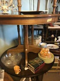 Oak style round dining kitchen table