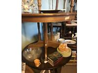 Oak style round dining kitchen table