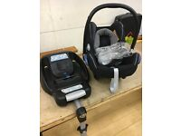 Maxi Cosi Car seat and base unit