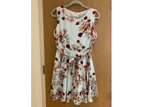 Green floral flow dress size 14