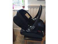 Mamas Papas Baby Seat & Iso-Fix Base