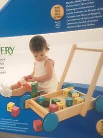 Trolley of wooden building blocks NEW