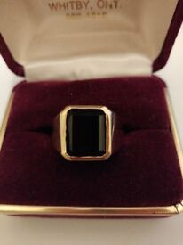 ONE-OF-A-KIND Mens 10kt gold ring size U