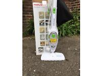 Morphy Richards steam cleaner