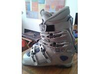 Ski boots Lowa 200 SC size 6 1/2