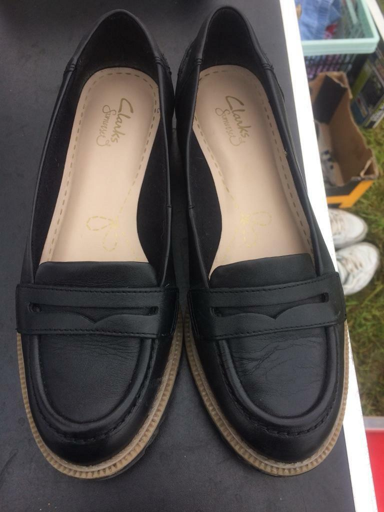 Clark's leather court shoes