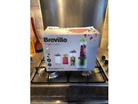 Breville Blender in Original box with all parts!