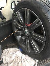 """Rangerover evogue 22"""" alloys and tyres"""