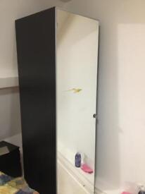 Single wardrobe with mirror